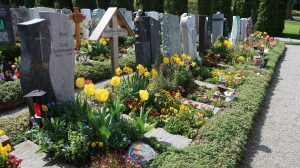 A picture of a grave of Switzerland